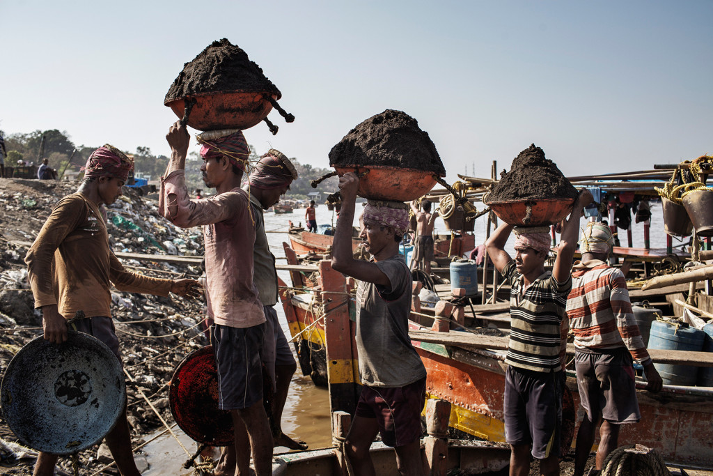 Inside India's Illegal, Sand Mining Industry